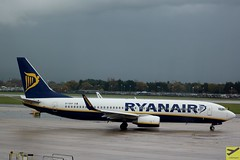 Ryanair B737-8AS EI-EKP taxiing at MAN/EGCC (AviationEagle32) Tags: manchester man manchesterairport manchesteravp manchesterairportatc manchesterairportt1 manchesterairportt2 manchesterairportt3 egcc unitedkingdom uk airport aircraft airplanes apron aviation aeroplanes avp aviationphotography avgeek aviationlovers aviationgeek aeroplane airplane planespotting planes plane flying flickraviation flight tarmac vehicle cheshire ringway ringwayairport ryanair boeing boeing737 b737 b737ng b737800 b738 b7378as eiekp winglets taxiing departure