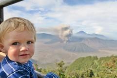 IMG_4039 (JoStof) Tags: indonesia java bromo volcano eruption ash smoke seaofsand semeru crater tengger caldera batok jawatimur indonesië idn