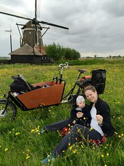 Marcus Schodorf Ams-Lon-4 (@WorkCycles) Tags: family england baby holland windmill amsterdam bike bicycle tour touring fiets windmolen cargobike maxicosi bakfiets toertocht workcycles kr8