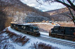 Curve Meetup (Wheelnrail) Tags: ns norfolk southern train trains locomotive emd ge pittsburgh line pitt pennsylvania prr signals lilly horseshoe curve rail road meet race signal winter snow cold