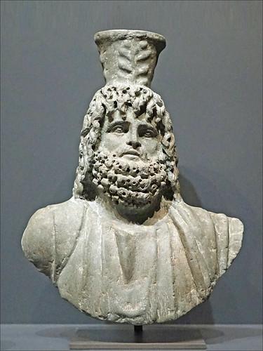 Buste de Sarapis (musée du Louvre)