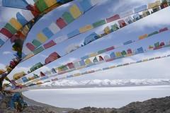 prayer flags over frozen Lake Nam/Namtso (Lie's Foto Studio 2.0) Tags: china lake colour asia tibet saltlake prayerflags namtso mountainlake namco buddhistreligion lakenam damxungcounty
