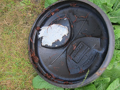 Compost Bin Lid (ohange2008) Tags: garden worms compostbin