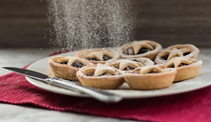 49/52 Christmas (Jess.Bott) Tags: food foodphotography foodporn dessert afternoontea christmas mincepie mincemeat pastry glutenfree icingsugar tasty 522016edition 522016 wk4952