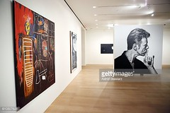 david bowie gallery with jean michel basquiat painting (mike.esson) Tags: gallery london davidbowie bowie bowieart painting auction sothebys jeanmichelbasquiat basquiat abstract kunst arte malba umění