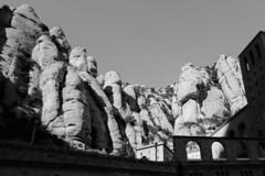 Stony stone (withcamera) Tags: 스페인 바르셀로나 몬세라트 베네딕도수도원 풍경 산 수도원 spain barcelona montserrat benedictinemonastery landscape mountain monastery espana