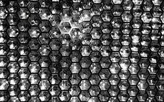 b/w swarovski (christikren) Tags: swarovski wien shop vienna austria light lights schwarzweiss blackwhite reflection reflektionen flashreflectors patterns mirror abstract againandagainandagain reflektoren foto dark
