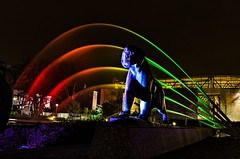 DSC_9544 (gabrieleskwar) Tags: outdoor beleuchtung bunt leuchten lichter park spaziergang spiegelung farbe formen ruhrgebiet grugapark essen