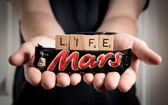 186/365 - Life On Mars (Forty-9) Tags: life mars bar canon studio chocolate flash letters sunday july scrabble photoaday sweets 365 efs1785mmf456isusm chocolatebar playonwords marsbar day186 2015 lifeonmars project365 strobist efslens strobism 186365 yongnuo speedlite430exii eos60d scrabblesunday project3652015 rookietom 3652015 tomoskay speedliteyn560iv 5thjuly2015