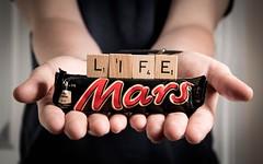 186/365 - Life On Mars (RookieTom) Tags: life mars bar canon studio cho