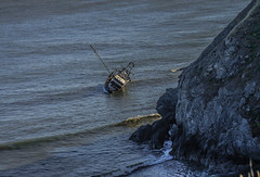 The F/V Jamie K--DSC2998--Cape Blanco, Oregon (Lance & Cromwell back from a Road Trip) Tags: oregon charleston oregoncoast fishingboats grounded shrimpboat capeblanco 2015 jamiek cooscounty currycounty boataccident