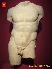 DISCOFORO DE POLICLETO (LEG IX HISPANA) Tags: museum greek spain roman leg romano heroes museo henares temporal legion ix exposicion alcala novena atletas hispana dioses policleto discoforo
