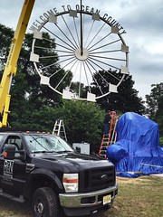 Stainless Steel Ferris Wheel for the Welcome To Ocean County Monument. (jovanovic.nick) Tags: monument stainlesssteel statues ferriswheel metalart publicartinstallation