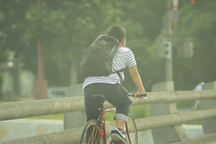 (Yuichi Yoshimoto) Tags: street bicycle nikon snapshot streetphotography d750 nikkor streetshot 105mm streetsnap aiafdcnikkor105mmf2d