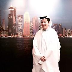 ชีค วงษ์วณิชย์ แห่งรัฐการ์ต้าร์ | Sheik Vongvanich of Qatar 😏 #qatarpavilion #milano #expo2015