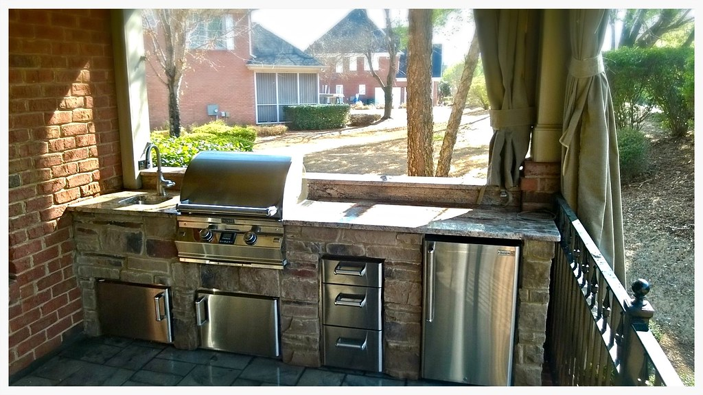 Custom Fire Magic Outdoor Kitchen, Chattanooga, TN