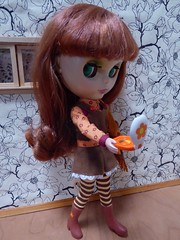 Aurelia in Mod Molly (lyndell23) Tags: blythe blythedoll modmollyblytheoutfit adgaztecarrival adgblythe
