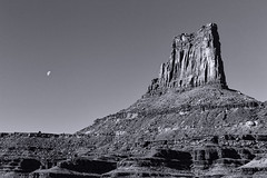 Larger Than The Moon (Scott Sanford) Tags: 6d canon ef2470f28l eos outdoor sunlight sky nature naturallight naturalbeauty rugged landscape utah desert mountains travel trip roadtrip exploring overland blackandwhite bw monochrome topazbweffects trails offroad camping topazlabs topazclarity