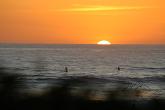 Playa Guiones Sunset (peaktopeakphotography) Tags: costarica nosara guiones playaguiones guanacaste sunset surf puravida beach surfing surfphotography ocean waves swell