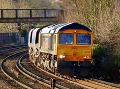 66732 gbrailfreight colnbrooklafarge tonbridgewestyard 6o72