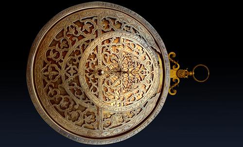 "Astrolabios, ubicantes de estrellas guía • <a style=""font-size:0.8em;"" href=""http://www.flickr.com/photos/30735181@N00/32569387916/"" target=""_blank"">View on Flickr</a>"