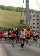Würzburger Marathon (mattrkeyworth) Tags: people zeiss marathon run würzburg lauf sal135f18z sonnart18135 sonya99 sonyslta99 alphaa99 würzburgermarathon