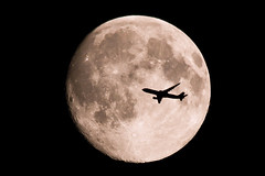 Fly Me to the Moon (2) (Elliotphotos) Tags: moon me silhouette airplane fly swiss massachusetts aviation airplanes flight silhouettes planes airbus elliot a330 acton flymetothemoon airbusa330 swissairlines actonma a330300 gilfix elliotphotos elliotgilfix a330moon actonmasachusetts