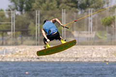 CFR7339 (Carlos F1) Tags: nikon d300 300mm castelldefels canal olimpic ocp cable park wakeboard fise wakeskate kneeboard jump salto tabla agua water sport deporte transport transporte board barcelona spain boardsports surf surfing wakeboarding kneeboarding