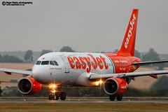 G-EZIW (Nigel Blake, 18.5 MILLION views! Many thanks!) Tags: airbus easyjet a319111 geziw