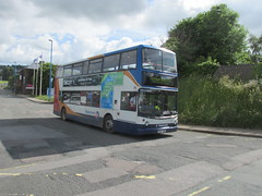 17010, Torbay Air Show Park & Ride, Clennon Valley, Paignton,  12/06/16 (aecregent) Tags: torbayairshowparkride 120616 stagecoach stagecoachsouthwest clennonvalley paignton trident alx400 17010 s810bwc yellowshuttle