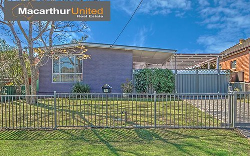 16 Clarence St, Macquarie Fields NSW 2564