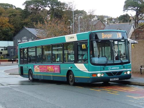 DSCN7800  Arriva Cymru 2483 CX04 AYA