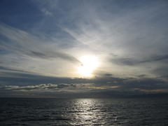Nearly sunset west of Maui (uf911) Tags: ocean sunset vacation sky water hawaii maui