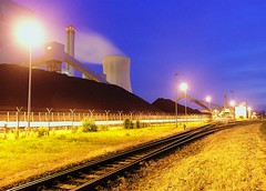 kraftwerk (My Little Johnny Rotten Pony) Tags: blue yellow night germany hannover powerplant coal dimage a2 stcken