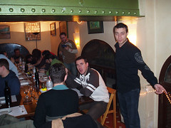 Cenando con Rojos (nwndragonlance) Tags: barcelona kdd nwn dragonlance