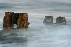 Soup (Ray Byrne) Tags: uk longexposure sea england beach water canon wow 350d coast waves slow north northumberland shore alnmouth northern northeast groyne raybyrne byrneout