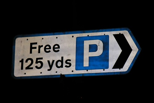 Free Parking (125 yards)