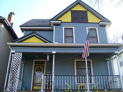 walk 107 (srhbth) Tags: blue columbus ohio red white house color yellow flags offcampus