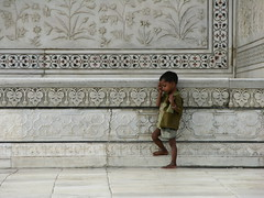 India.2004-09-09.0128 (DigitalTribes) Tags: travel india white 2004 muslim tomb taj mahal tajmahal agra unesco mausoleum marble dt shahjahan mughal mumtazmahal splendiferous digitaltribes markoneil diamondclassphotographer महल ताज ustadahmadlahauri