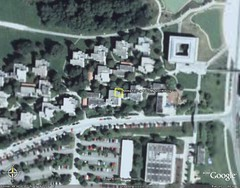 I'm here now (d6g) Tags: dormitory googleearth