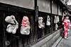 Kyoto. © Glenn E Waters. Japan 2016. (Glenn Waters ぐれんin Japan.) Tags: kyoto girls youngladies kimono shrine pagoda glennwaters japan