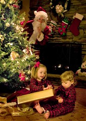 have yourself a merry little Christmas (-Angela) Tags: santa christmas tree topf25 stockings fireplace siblings christmastree thedaughter theson pjs 50100fav present mykids tradition plaid christmascard opeinggifts 2005top100faves