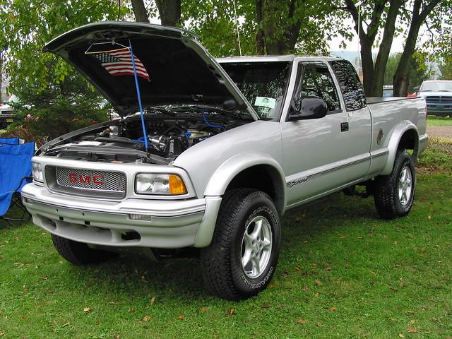 truckfest oktobertruckfest ok4wd gmc sonoma pickup truckshow
