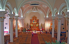 Interior of St. Mary's Basilica, Phoenix (gwilmore) Tags: christmas arizona church d50 religious interior sanctuary stmarysbasilica azwholiday