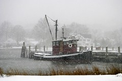 Santa's Tug Christmas 2003 (eclectic echoes) Tags: 2005 winter snow boat blogged tugboat tug artshow mystic yourfavorites fireandice explore24dec05 interestingness205 i500 mysticartassociation eclecticechoescom eclecticimages