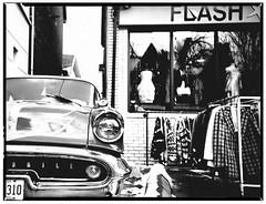 Flash-Mobile (6oh) Tags: toronto car vintage lomo ride kensington oldsmobile