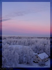 joulukuu3 2005 017b (Fantasyfan.) Tags: blue winter sunset sky snow ice topv111 tag3 taggedout clouds wow finland landscape topv555 topv333 tag2 tag1 lovely1 horizon topv999 womenonly silence topv777 oulu alppila fantasyfanin 230countriesfinland siirretty