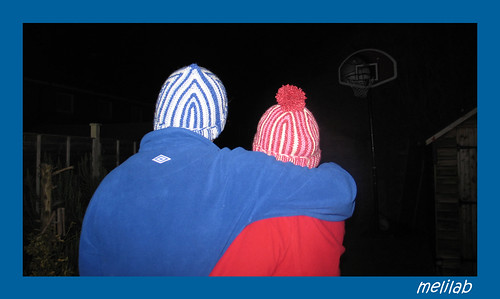 boy+girl ski hats