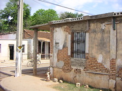 rotten wall (Bonetaker) Tags: old favorite house bike decay cuba poor chabola