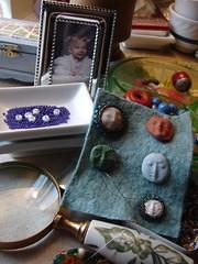 Personal Home Vignette Thursday (Stephanie Distler) Tags: facecabs magnifyingglass beads homevignettethursday